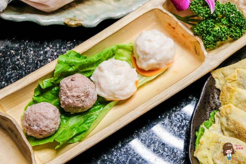 【食記】台北東區 泰滾 泰式火鍋料理-招牌鴛鴦鍋:椰奶雞湯冬蔭酸辣雙享受
