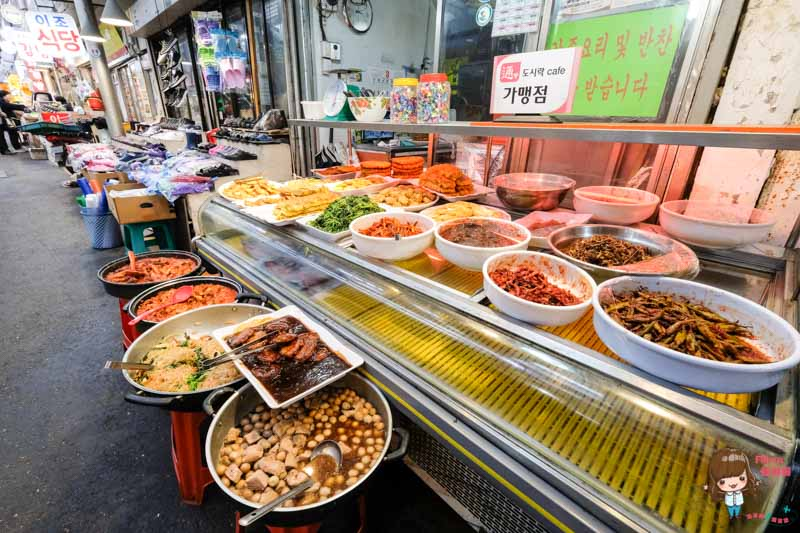 【首爾自由行】 通仁市場 327景福宮-古錢便當cafe通,銅板美食推薦