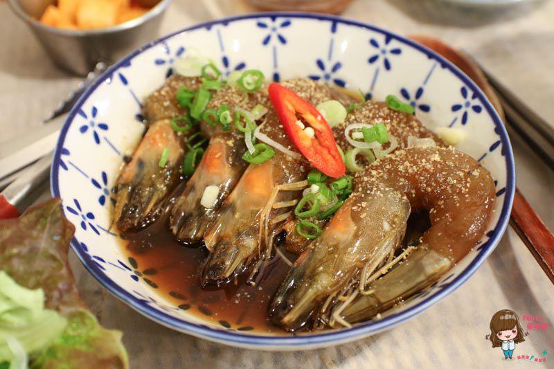 弘大少年餐館醬蝦飯
