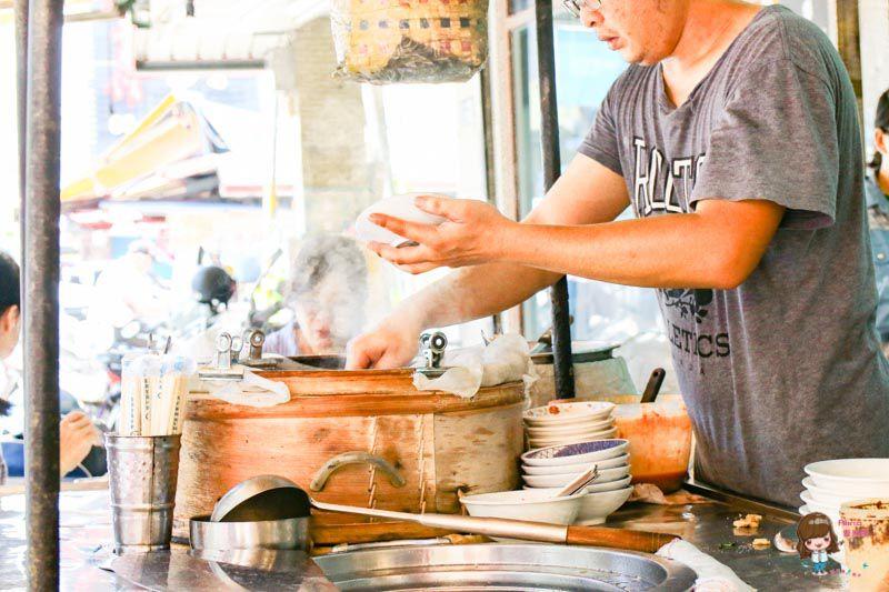 羅東米糕枝油飯